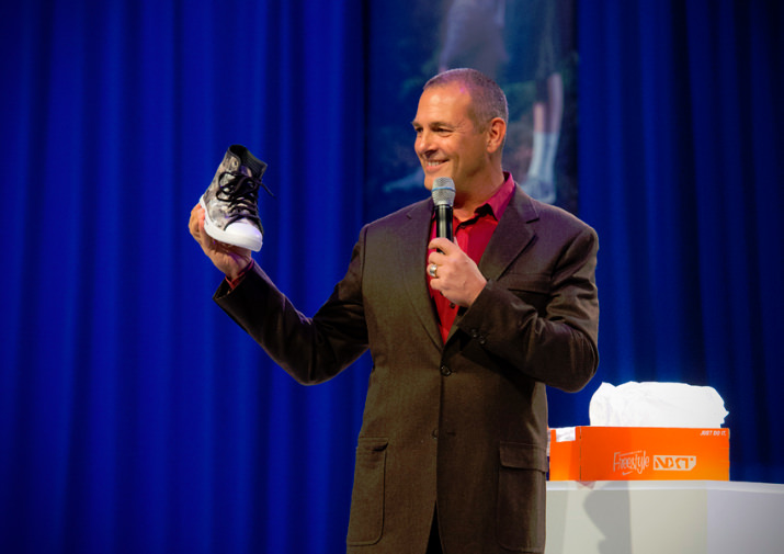 Nike's Creative Director of Special Projects, Mark Smith, delighted the crowd when he revealed his own special contribution to this year's event, a one-of-a-kind Golf Chuck.